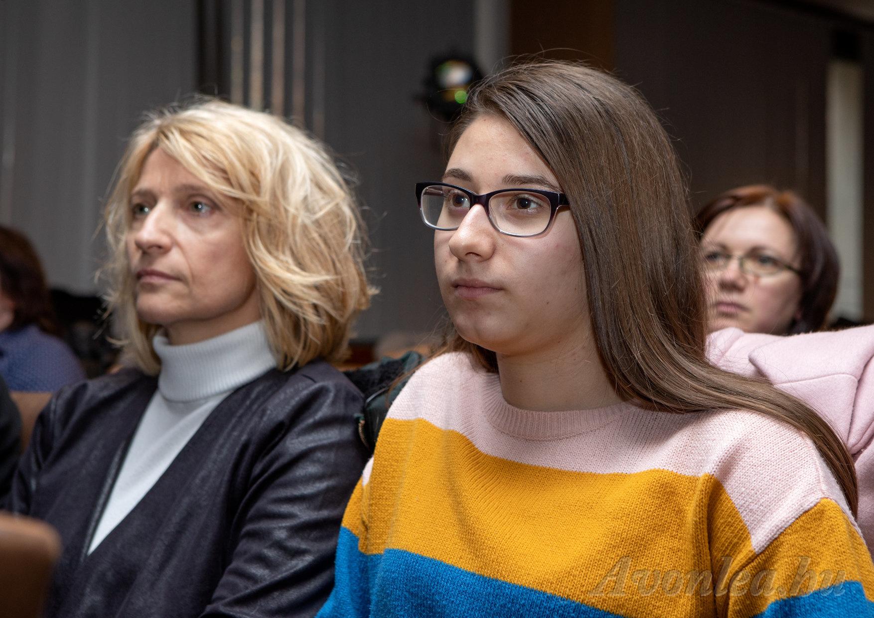 Éva és lánya