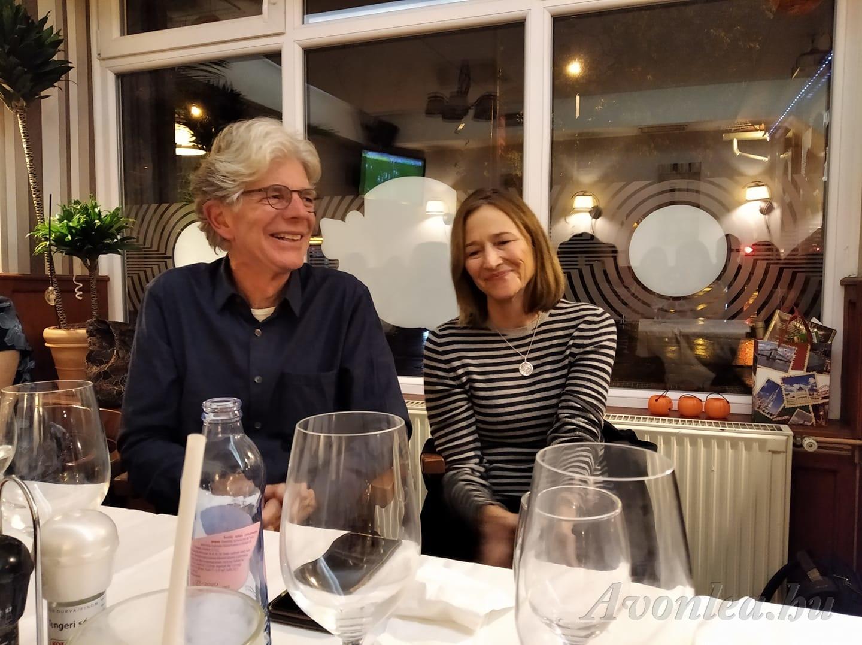 John és felesége Cherie a találkozó utáni vacsorán (Kozákné Claudia fotója)