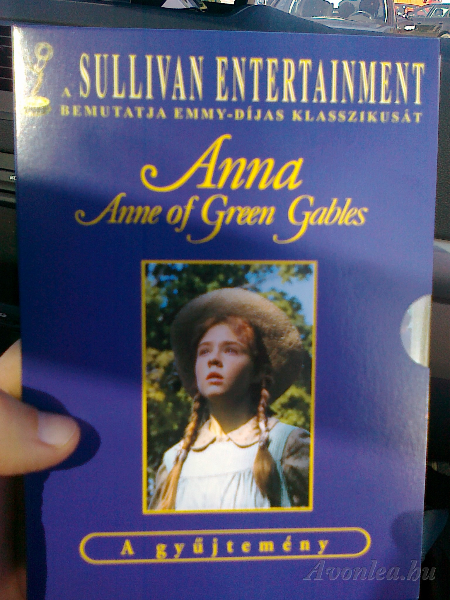 Az Anna DVD-csomag magyar kiadásának egyik első példánya