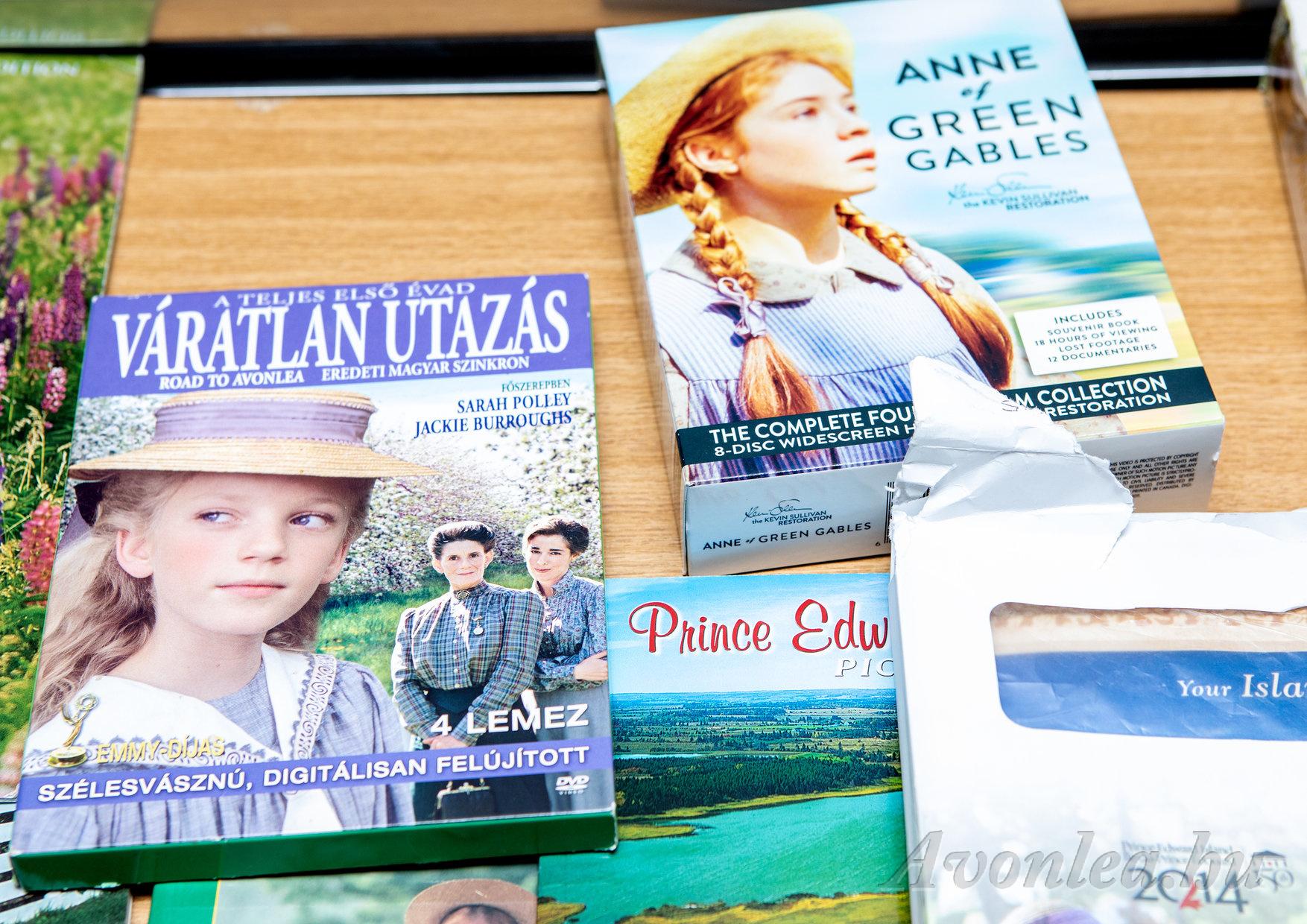 A sorozat első évadának magyar kiadása